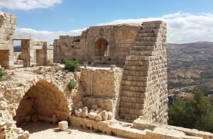 Ajloun_Castle_Wiki3